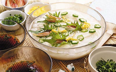 オクラ入り素麺イメージ